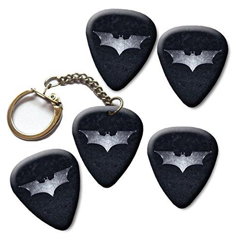Batman The Dark Knight 4x Guitar picks plectrums plus Keyring