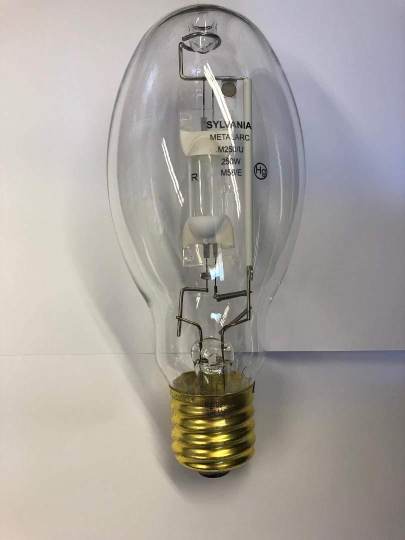 4 Pieces Sylvania 64920 M250/U/RP/ED28 250W E39 Base Clear M58/E Metalarc Metal Halide lamp