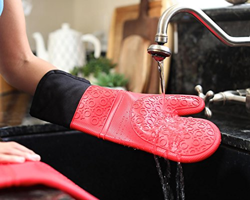 Extra Long Professional Silicone Oven Mitt - 1 Pair - Oven Mitts with Quilted Liner - Red - Homwe by HOMWE (Image #5)