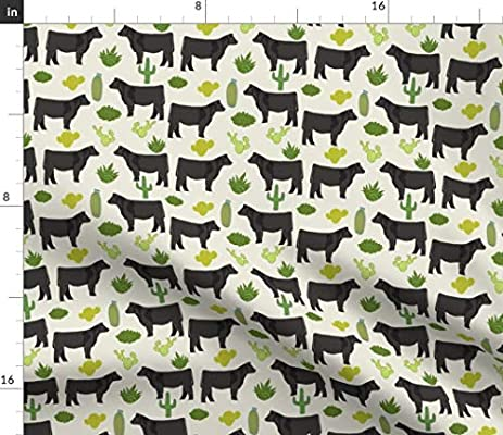 "58/""//147 cm Wide NEW Cream Panda Print Fabric 100/% Cotton"