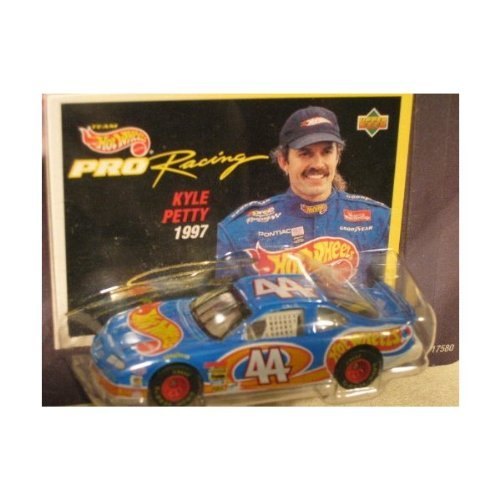 Hot Wheels Pro Racing Collector First Edition Kyle Petty - 64 Hot Wheels Racing