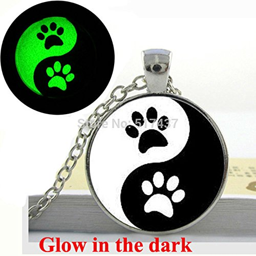 Pretty Lee Glow In The Dark Necklace Ying Yang Necklace G...