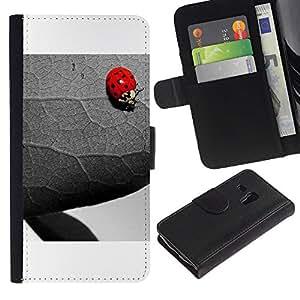 Samsung Galaxy S3 MINI 8190 (NOT S3) - Dibujo PU billetera de cuero Funda Case Caso de la piel de la bolsa protectora Para (The Ladybug And Leaf)
