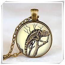 Vintage chameleon necklace , chameleon Jewelry, chameleon pendant ,forest animal necklace , chameleon charm