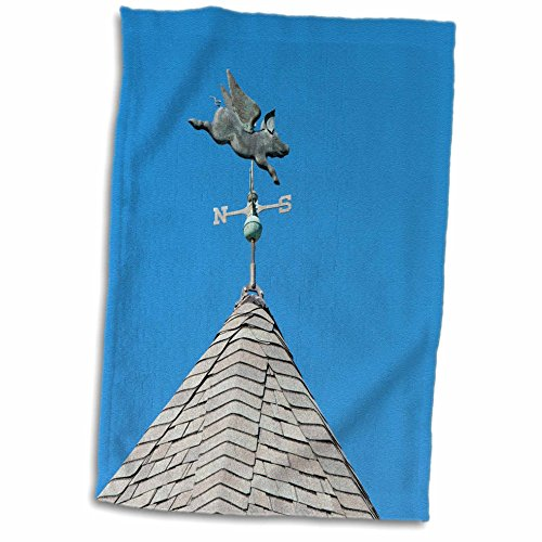 3D Rose USA Michigan Mackinac Island. When Pigs Fly Rooftop weathervane. TWL_190230_1 Towel 15