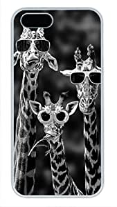 Protective PC Case Skin for iphone 5 White Fashion PC Case Back Cover Shell for iphone 5S with Lovely Cool Giraffes