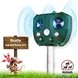 2018 Newly Launched Ultrasonic Animal Repeller Solar Powered Pest Repeller Device with PIR Motion Sensor Ultrasonic and Red Flashing Light Combined IP65 Waterproof - Motion Activated Upgraded Version