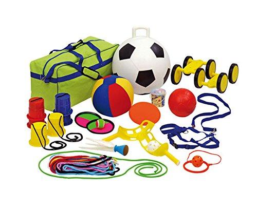 Betzold Outdoor-Spiele-Set 24 teilig, inkl. Aufbewahrungstasche – Straßenmalkreide Softfußball Springseil Spiele Fußball Seilspringen Straßenkreide Schule