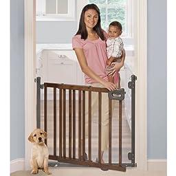 Summer Infant Step To Secure Wood Walk-Thru Gate