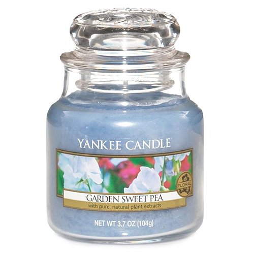 Yankee Candle Garden Sweet Pea Small Jar Candle 3.7 Ounce