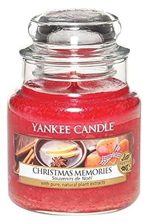 Yankee Candle Christmas Memories Jar Candle - Small: Amazon.co.uk ...
