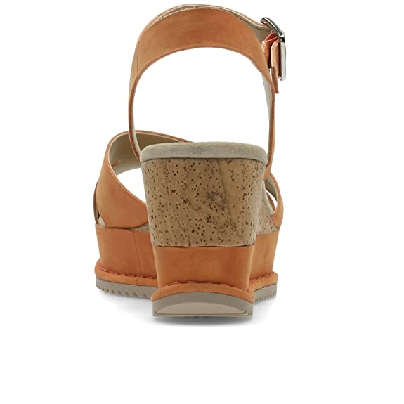 Clarks Akilah Eden Nubuck Sandals In Wide Fit Size 5½: Amazon.co.uk: Shoes & Bags