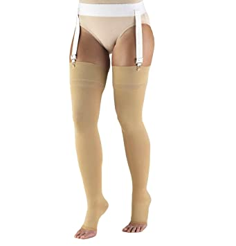 44b42af6c Amazon.com  Truform 30-40 mmHg Compression Stockings for Men and ...