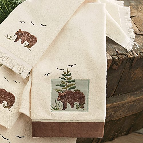 BLACK FOREST DECOR Denali Bear Hand Towel