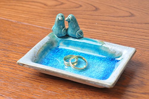 ring-holder-with-turquoise-glazing-and-two-lovebirds
