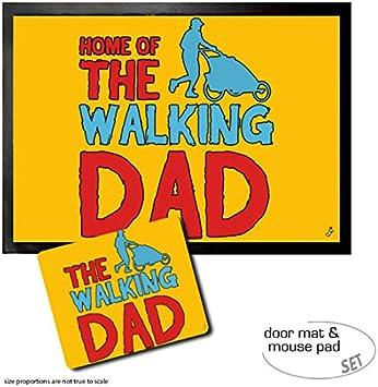 1art1 Padres, Home of The Walking Dad Felpudo Alfombra (70x50 cm) + Alfombrilla para Ratón (23x19 cm) Set Regalo