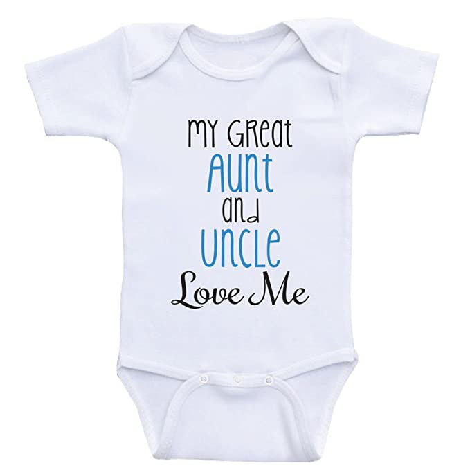 b9e7056964f Amazon.com  Heart Co Designs Great Aunt Uncle Baby Onesies My Great Aunt  and Uncle Love Me  Clothing