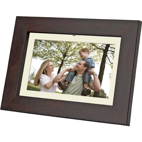 Coby DP702 7-Inch Widescreen Digital Photo Frame (Woodgrain) (Frame Picture Coby Electronic)