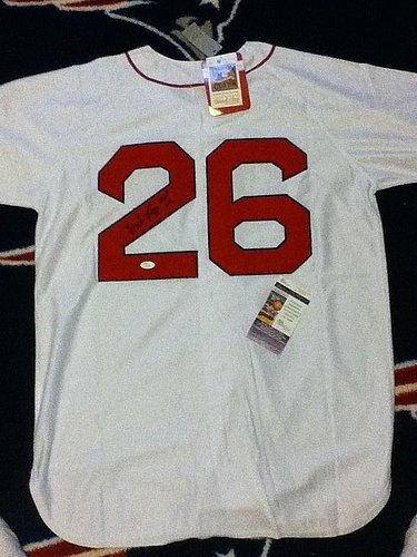 (Wade Boggs Autographed Signature Jersey - JSA Certified)
