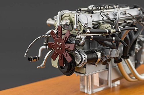 1961 Aston Martin DB4 GT Engine in a Showcase by CMC in 1:18 Scale