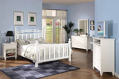 White Oceanside Cape Cod style 5 Piece Wooden Bedroom Set with Complete Queen Bed by Seawinds Trading (Bedroom Furniture Cape White Cod)
