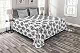 Ambesonne Damask Bedspread, Baroque Style Victorian Renaissance Pattern with Effects Vintage Design, Decorative Quilted 3 Piece Coverlet Set with 2 Pillow Shams, Queen Size, Black White