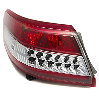 OE Replacement Toyota Camry Driver Side Taillight Assembly Outer (Partslink Number TO2804106): Automotive