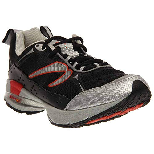 Newton Terra Momentum Trail Running Shoes - 9 - Black