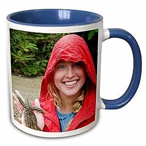 3dRose Danita Delimont - Fish - New Zealand, South Island, Marlborough, Star fish-AU02 FNO0392 - Fredrik Norrsell - 11oz Two-Tone Blue Mug (mug_71975_6)
