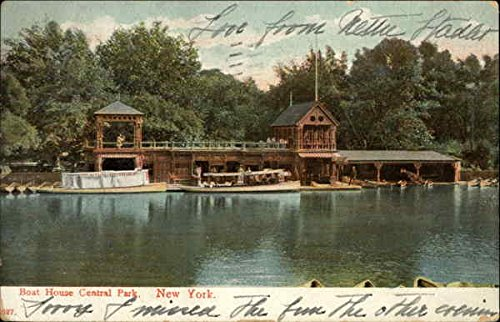 (Boat House Central Park New York, New York Original Vintage Postcard)