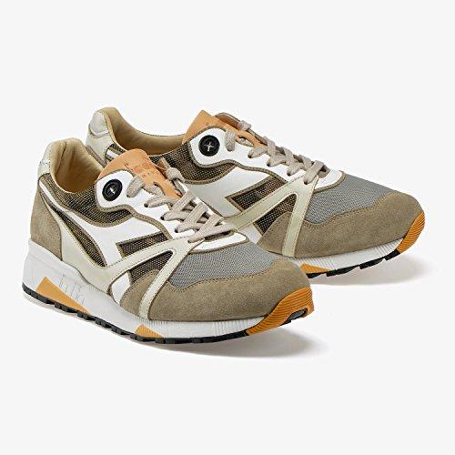 Diadora Heritage N9000 H Hide Camo di Colore Grigio Roccia Scarpe Sportive Uomo in Pelle E Tessuto Sneakers Stile Made in Italy