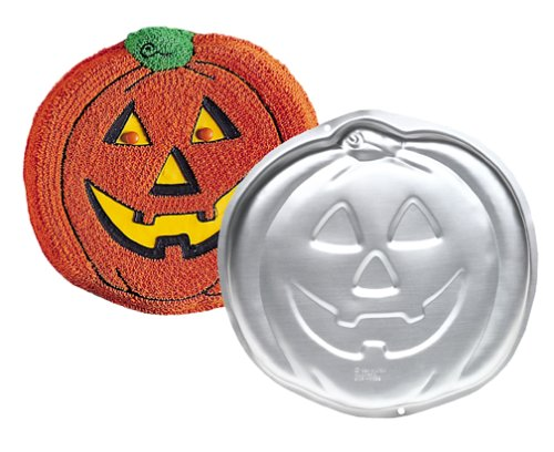 Wilton Jack-O-Lantern Pumpkin Halloween Cake (Recipe For Wilton Halloween Cookie Pan)