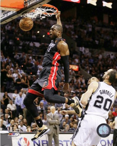 Dwyane Wade Miami Heat 2013 Nba Finals Game 4 Action Photo 8X10