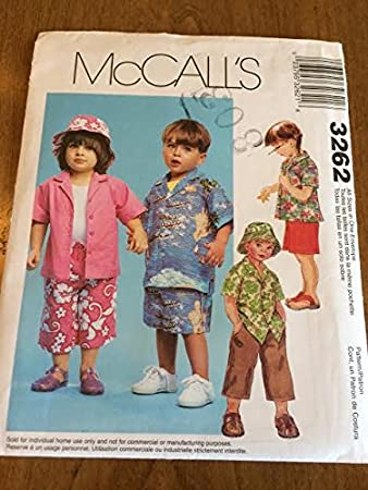 199d6f8a105 Amazon.com  McCall s 3262 Sewing Pattern