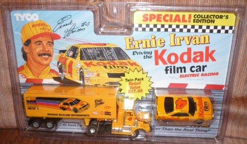 Nascar Car Slot Racing (#9033 Tyco Electric Racing Nascar Magnum 440-X2 Nascar Ernie Irvan Kodak Slot Cars)
