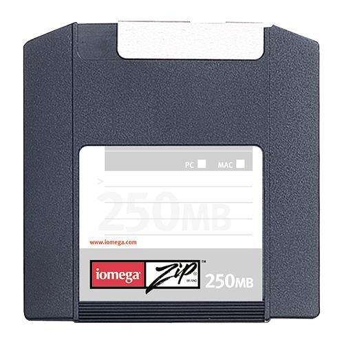 Iomega 32635 250MB Single PC/MAC Zip Catridge Blank Media & Cleaning Cartridges