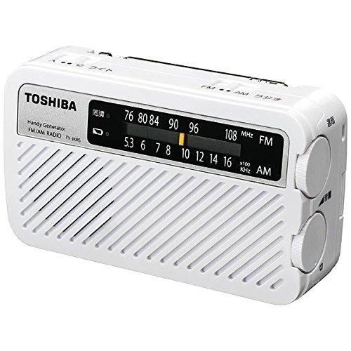 本体サイズ約5.9×4.9×13.1cmのラジオライト。放電に強いリチウムイオンポリマー電池を内蔵している。1年間放置しても20%程度しか放電しないので、緊急用に最適だ。手回しでスマホ充電もできる。サイレン機能付き。