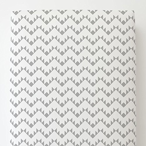 (Carousel Designs Silver Gray Aztec Zig Zag Toddler Bed Sheet Fitted)