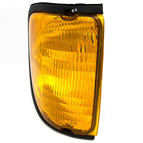(CarPartsDepot 03-07 FORD ECONOLINE E150 E250 E350 RIGHT RH SIDE CORNER TURN SIGNAL LIGHT LAMP)
