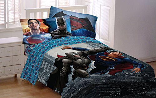 World's Finest Batman Vs Superman Bedding Set Includes Reversible Twin/Full Comforter, Full Bedding Sheet Set And Two Pillow (Superman Full Comforter)