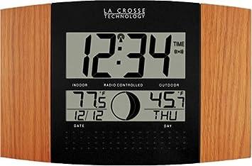 Amazoncom La Crosse Technology WS8117UITOAK Atomic Wall Clock