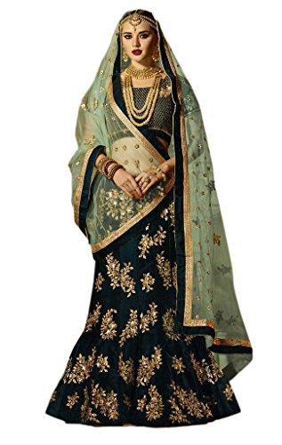 (EthnicWear Indian Green Colour Velvett Bridal Wedding Wear Sequence Embroidery Work Lehenga Choli Chaniya Choli)