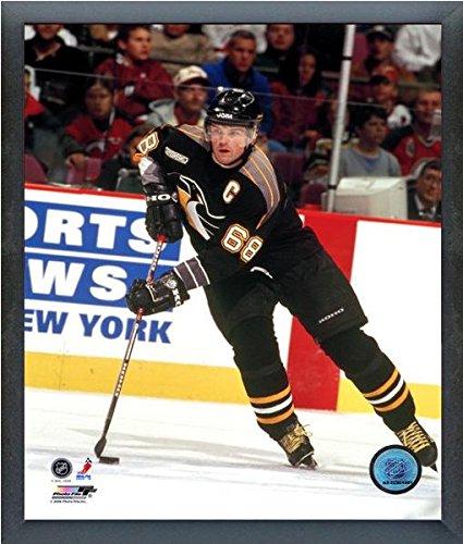 NHL Jaromir Jagr Pittsburgh Penguins Action Photo (Size: 17