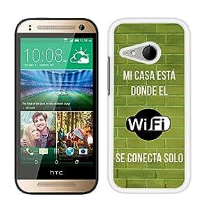 Funda carcasa para HTC One Mini 2 frase Mi casa está donde el wifi se conecta solo borde blanco
