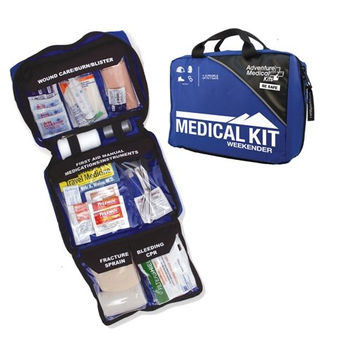 Series Weekender (Adventure Medical Kits Mountain Series Weekender First Aid Kit)