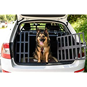 ROCKY II dog gate for cars - fits all car brands and dog breeds 9