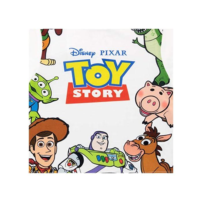 51ZEsBbgsvL Conjunto para niños de Toy Story de Disney. ¡Viaja hacia el infinito y más allá con este conjunto de Toy Story que trae a los clásicos personajes de la caja de juguetes de Andy! Frente: 100% Poliéster Resto: 100% Algodón