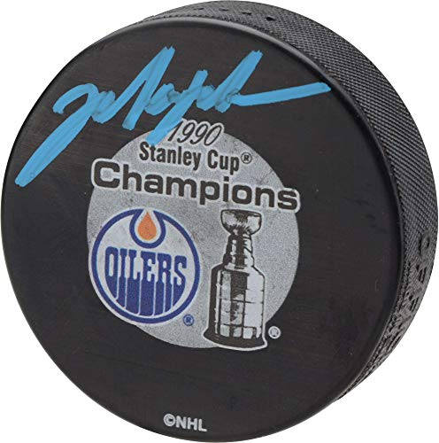 Mark Messier Edmonton Oilers Autographed 1990 Stanley Cup Champions Logo Hockey Puck - Fanatics Authentic Certified