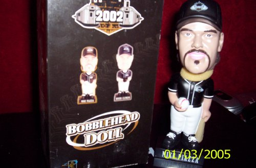 piazza-2002-bobble-doll