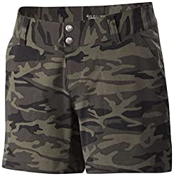 Columbia Women's Saturday Trail Printed Shorts, 8 x 5, Bright Geranium Cloudy Camo